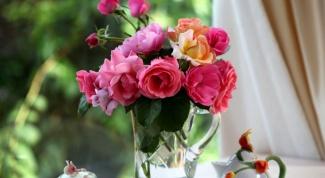 Как сделать, чтобы розы долго не вяли