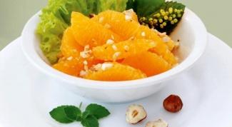 Экзотический салат из мандаринов и фиников