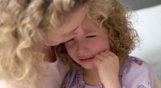 Почему болит живот у детей