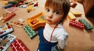 Как привлечь ребенка к уборке игрушек