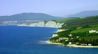 Когда ехать на Черноморское побережье Кавказа