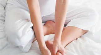 Как снять опухоль в ногах