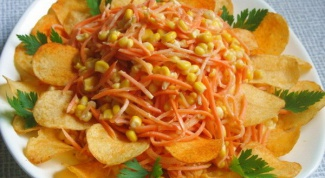Как приготовить салат с чипсами