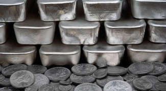Сколько стоит 1 грамм серебра