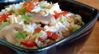 Рис жасмин с куриной грудкой и овощами