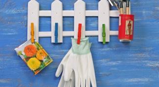 Как сделать вешалку для мелочей