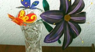 Как сделать букет цветов с помощью витражных красок