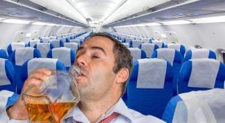 Как провозить алкоголь в ручной клади