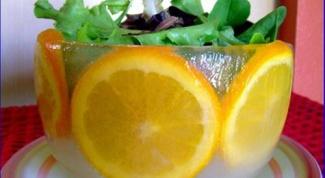 Кубинский фруктовый салат в ледяной чаше