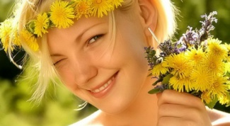 Сила трав: лечебные ополаскиватели для волос