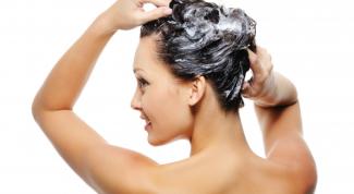Нужно ли мыть голову каждый день