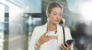 How to listen to music Vkontakte via phone