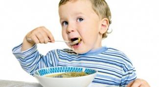 Как убедить ребёнка есть супы