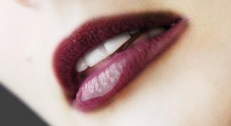 Как увлажнять губы
