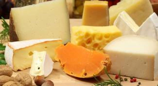 Как правильно выбрать сыр в магазине