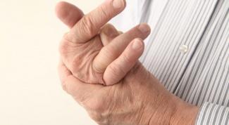 How to understand why swollen fingers