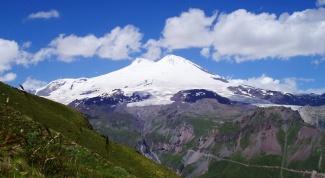 Какая самая высокая гора в Европе