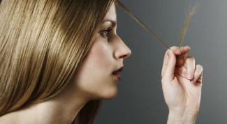 Чем подпитать сухие кончики волос