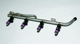 What is the fuel rail