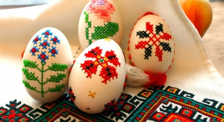 Вышивка на яичной скорлупе к празднику Пасха