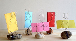 Держатели для бумаги в форме кроликов