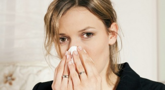 Сильный насморк: лечение в домашних условиях