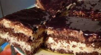 Шоколадный торт с кокосовым безе