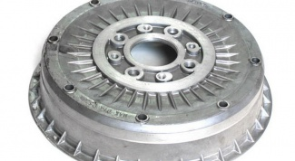 Снятие и установка тормозного барабана на автомобиле ВАЗ 2106