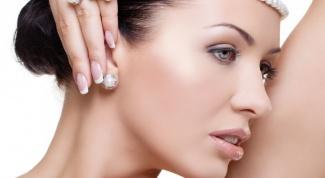 Как проколоть уши без боли