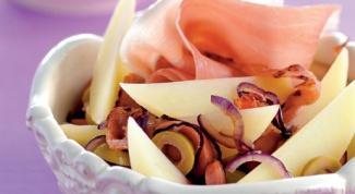 Салат картофельный с копченостями