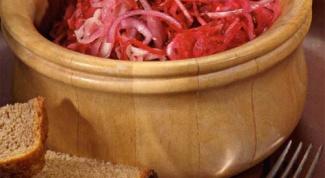 Как приготовить маринованную свеклу с хреном и солеными огурчиками