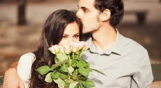 Почему женщины любят получать цветы
