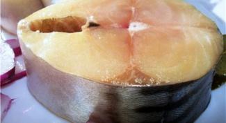 Как приготовить скумбрию в соленом маринаде?