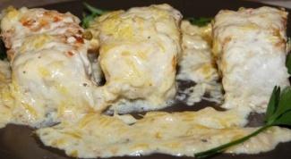 Палтус под луково-сливочным соусом
