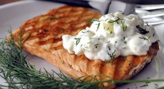 Как приготовить рыбу под соусом из йогурта?