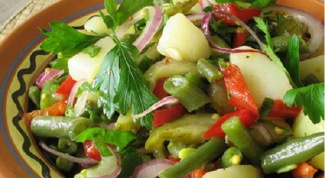 Классический салат из фасоли