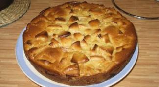 Пирог-перевертыш из груши и имбиря