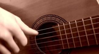 С каких песен начать обучение игре на гитаре