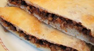 Пирог с гречкой и куриной печенью