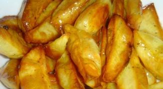 Как приготовить картофель по-архиерейски с икрой из хлеба?