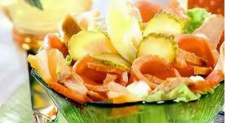 Салат польский из телятины с окороком