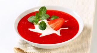 Как приготовить холодный клубничный суп