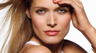 Тонкости макияжа, чтобы выглядеть моложе