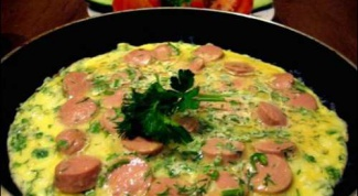 How to make a decent omelette in the pan?