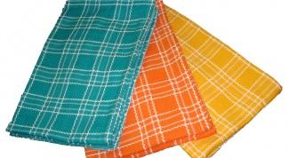 Как отстирать кухонные полотенца от пятен?