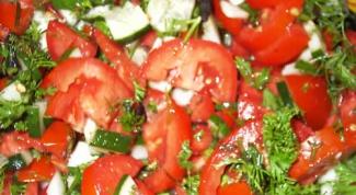 Как приготовить салат с помидорами