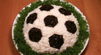 Салат «Футбольный мяч»