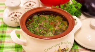 Суп с говядиной и овощами в горшочке