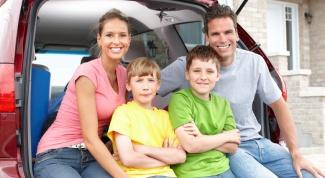 Семерка безопасных семейных автомобилей