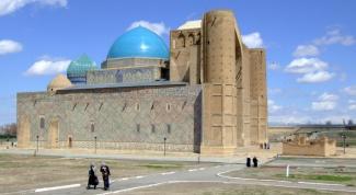 Какие исторические культурные памятники можно увидеть в Казахстане